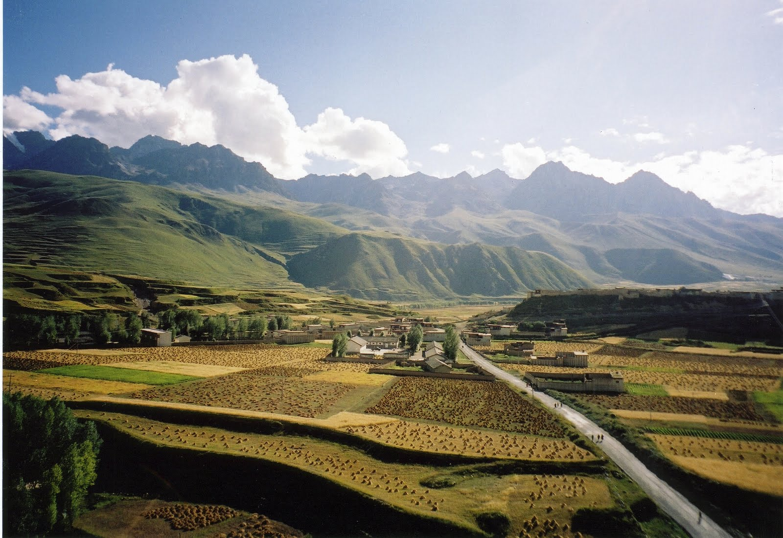 C'est de toute beauté : sites et lieux magnifiques de notre monde.  Ganzi_big
